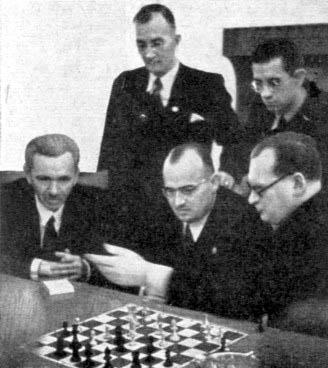 http://www.chesshistory.com/winter/pics/cn3527_frank5.jpg